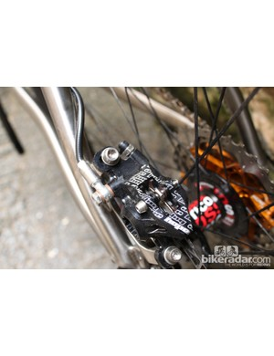 Hope S2 race brakes bite down on KCNC Razor discs front and rear