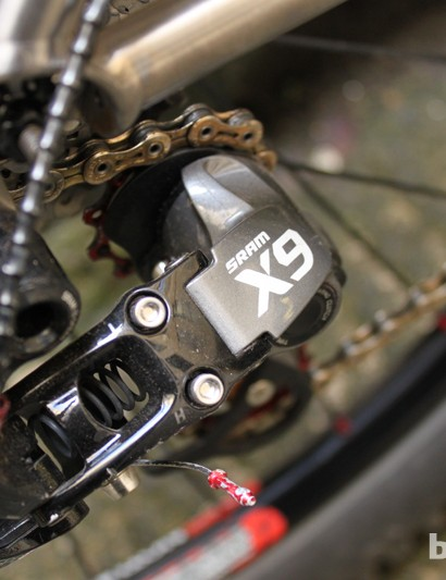 Shifting duties for this 1x10 XC setup are taken care of by a SRAM X9 Type 2 mech