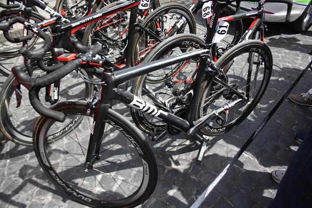 Cadel Evans's unamed BMC road bike