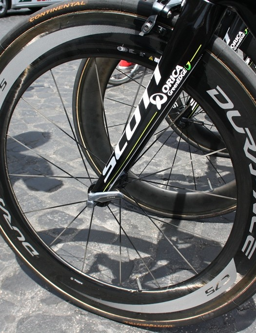 Almost all the bikes used in Naples ran on high profile wheels in the calm, warm conditions