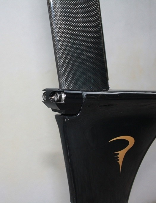 The seat tube clamp is recessed into the frame