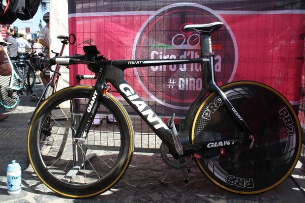 Stef Clement's (Team Blanco) Giant Trinity Advanced SL propped up after being put on the UCI commissaires' rig