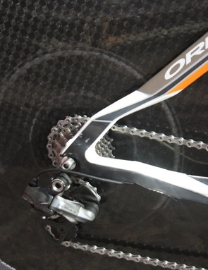 How close does the derailleur run in the lowest gear? It touches, if those circular marks are anything to go by