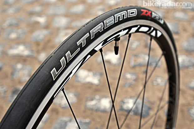Schwalbe Ultremo ZX Tubeless tyre