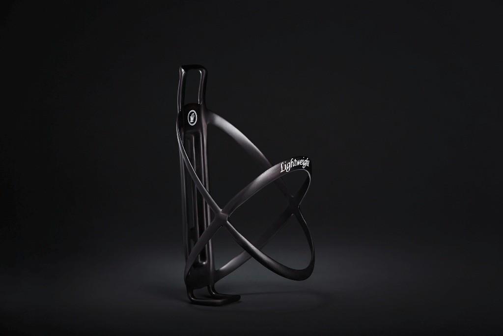 Lightweight Edelhelfer carbon bottle cage