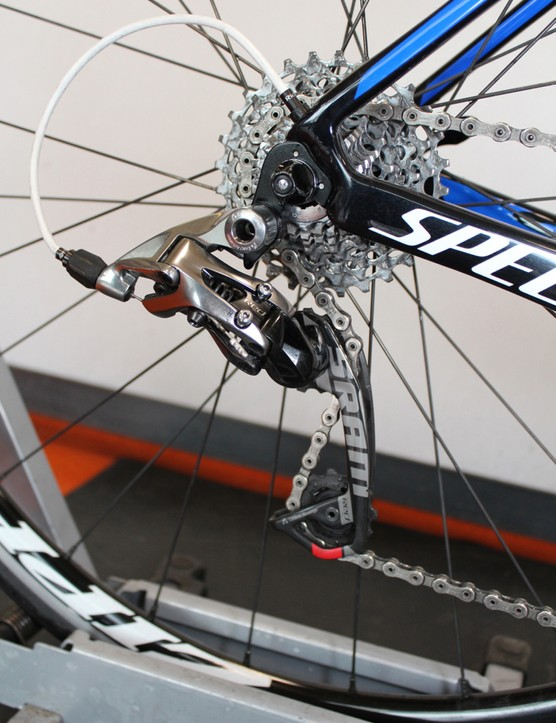A SRAM Red WiFLi long-cage derailleur allows for use of bigger cassettes, like this 11-28T