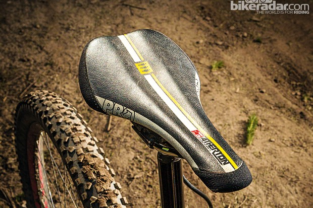 PRO Athertons Downhill saddle