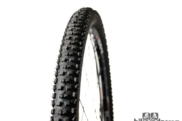 Continental Mountain King II 2.2 Protection tyre