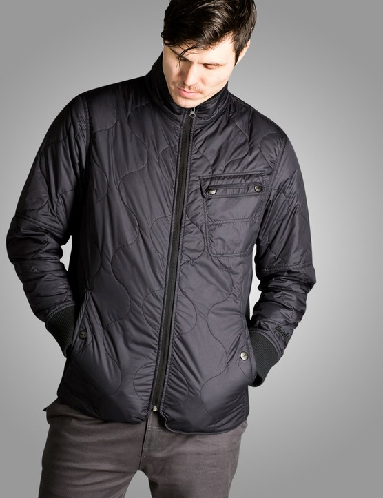 The Damen Jacket has a water repellant finish