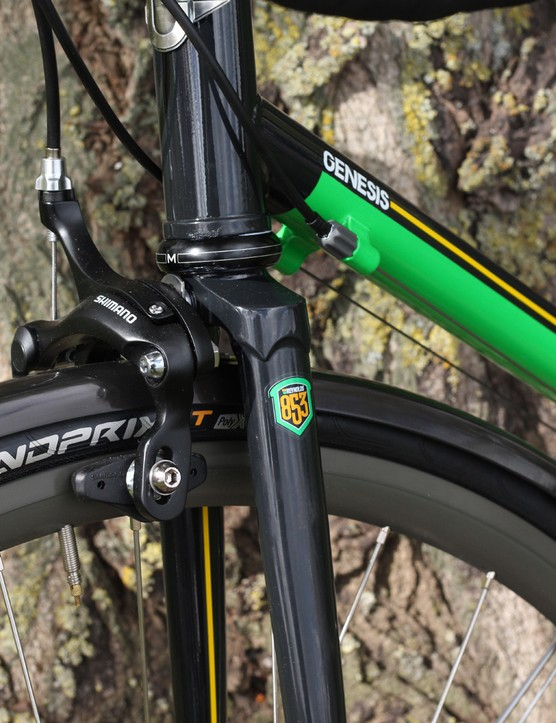 For the Anniversary Edition, Genesis have dropped the usual Equilibrium carbon fork in favour of this Reynolds 853 steel version