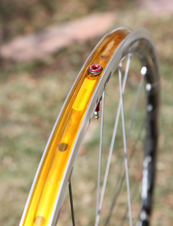 The American Classic Argent Road Tubeless rims require tape to be airtight, but the system works well and we had no issues inflating tubeless tires with standard floor pumps