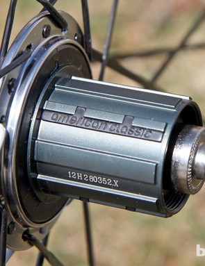 American Classic cleverly reinforces the aluminum splines with steel inserts to keep the weight down while keeping the cogs from digging into the freehub body
