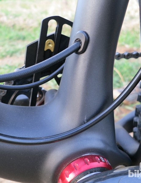The RockShox Stealth Reverb exits the seat tube just above the bottom bracket shell