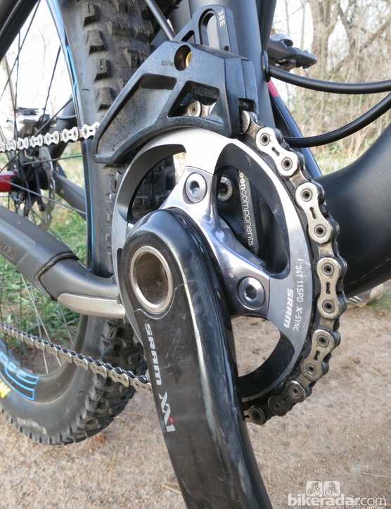 Upfront there's a single 34-tooth XX1 chainring with a e*thirteen XCX guide