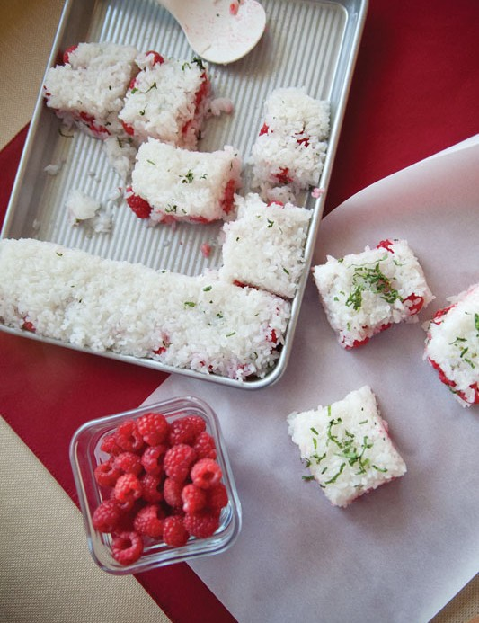 Raspberry and mint rice cakes
