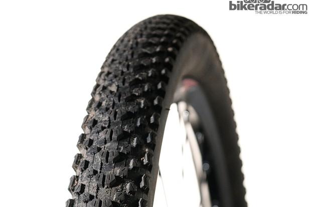 Maxxis Ikon EXO 2.2 tyre
