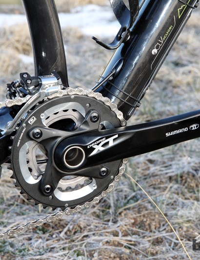 Trek outfits the Superfly 100 Elite SL with a 38/24T Deore XT crankset from Shimano. Shift quality is impeccably good and the gear ratios are well suited to cross-country riding