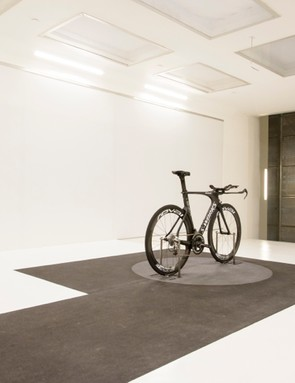 With its wind tunnel, Specialized can test riders in an echelon, among other things