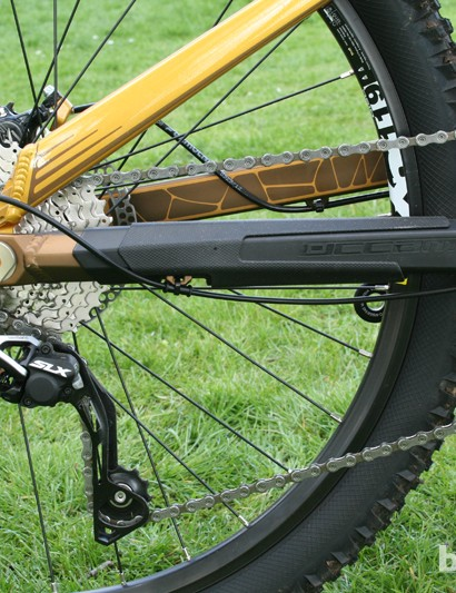 Gearing is taken care of by Shimano Deore parts and a Shimano SLX Shadow Plus clutch rear mech