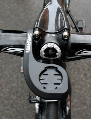 The computer mount on the Zipp stem