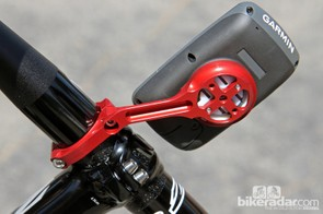 K-Edge principal Joe Savola says the new mount weighs just 32g and yet can support more than 40kg. Clamp bolts now enter from below for a cleaner look and the injection molded insert can be rotated 90 degrees to work with Garmin's outdoor GPS units