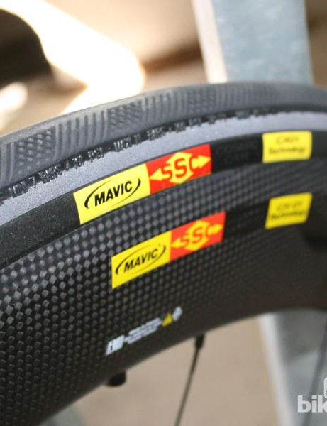 Mating the tyre to the rim and smoothing via a removable plastic blade means Mavic can optimse the shape of the whole wheel