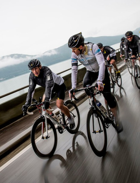 Our CXR 60 test ride was a flattish loop around Lac du Bourget, near Aix-les-Bains in France