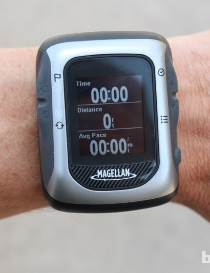 As with cycling information, the running fields are customizable with all the standard data points. The buttons are quite easy to press when on the wrist mount