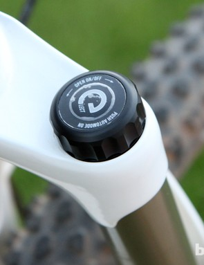 Magura has unveiled a new electronic fork damper called eLECT with grade-dependent automatic lockout