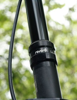 The Alpine 160 comes with a RockShox Reverb dropper post as standard