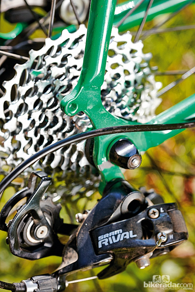 Consistent – and quiet – braking from the cable-operated Hayes discs