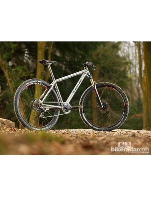 Cross-country angles and a long top tube highlight the Torus' heritage