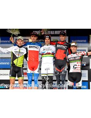 Men's cross country podium: Thomas Litscher, Julien Absaon, Nino Schurter, Lukas Flueckiger, Max Plaxton