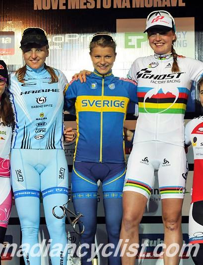 Women's eliminator podium: Eva Lechner, Kathrin Stirnemann, Jenny Rissveds, Alexandra Engen, Linda Indergand