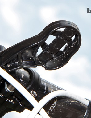 There's also room underneath the Tate Labs Bar Fly 2.0 to secure a Shimano Di2 or Campagnolo EPS junction box