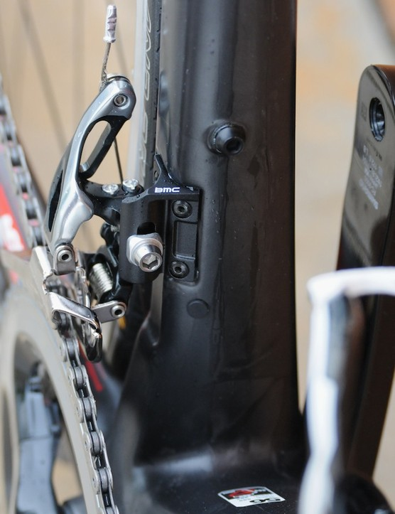 A redesigned front mech clamp uses the minimum amount of material