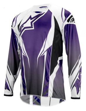 The Alpinestars A-Line Jersey uses a semi-trim fit to reduce bellowing at speed