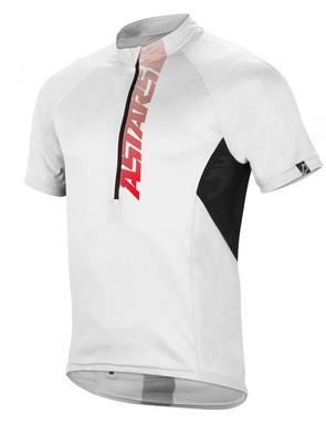 The Alpinestars Hyperlight jersey features an XC-like fit and materials