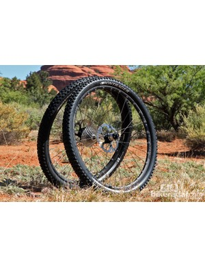 Bontrager's new Rhythm Elite wheelset includes a new quick-engaging freehub body and a 22mm-wide tubeless rim. Claimed weight is 1,685g per pair for the 26-inch version and 1,815g for the 29ers. Retail price is US$999