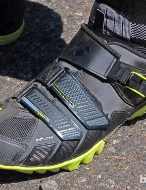 We spotted new Bontrager Rhythm shoes on the feet of Bontrager brand manager Michael Browne. The new shoe sports a reinforced upper and full tread sandwiching a relatively stiff fiber-reinforced nylon midsole