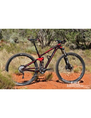 Trek's new Fuel EX 29 9.8 builds upon the successes of the 26-inch version but adds the steamrolling capabilities of 29-inch wheels