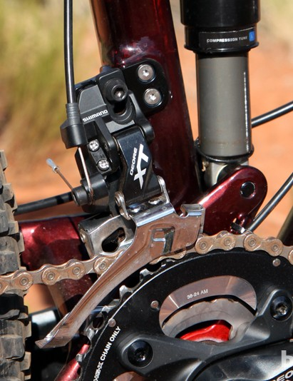 Front derailleurs mount directly to an aluminum tab, which can be removed altogether when running a 1x drivetrain for a cleaner look