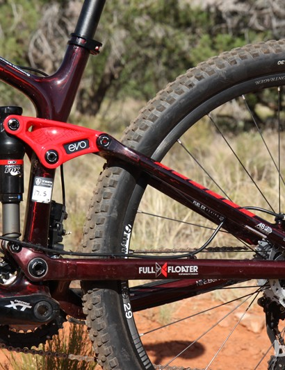 Trek's new Fuel EX 29 9.8 uses the same rear suspension design as on the 26-inch version with the same Full Floater, Evo link, and ABP technologies