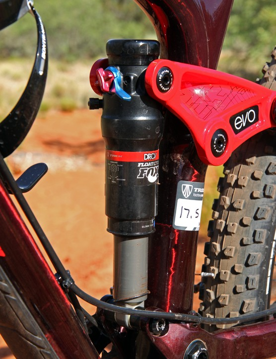 The Fox Float CTD rear shock features a Trek-exclusive DRCV (Dual Rate Control Valve) that provides a lively feel in the beginning and middle of the stroke but a more linear and bottomless feel toward the end