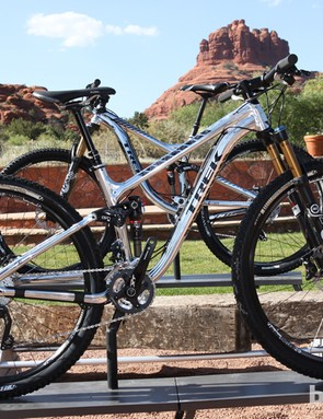 The Trek Fuel EX 29 9 is the top aluminum model with a Fox 32 Float CTD Factory Series fork, Bontrager Rhythm Elite wheels, and a Shimano Deore XT group for US$3,999
