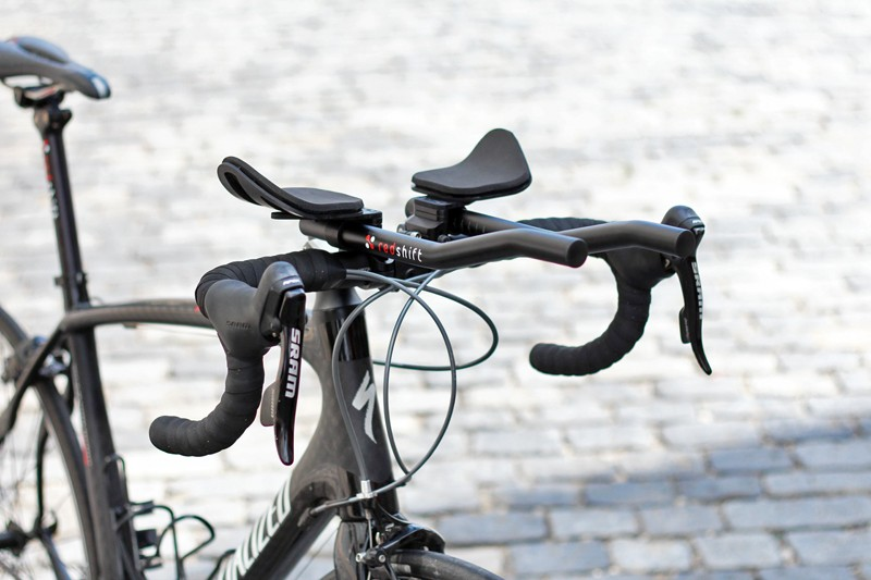 Redshift Sports' novel quick-release attachment method for its Switch Aero clip-on aero bars is admirably low-profile