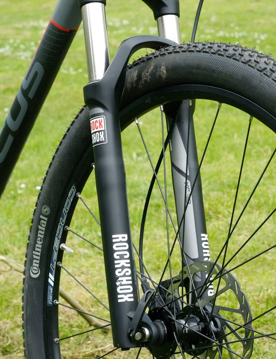 Our Black Forest came with RockShox XC32 forks, not the XC30s listed by Focus