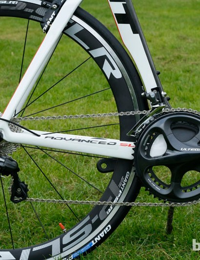 The Propel Advanced gets a Shimano Ultegra mechanical groupset