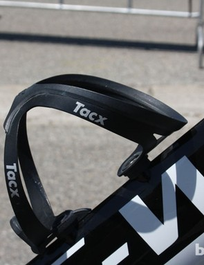It may look old fashioned but the Tacx aluminium bottle cage works