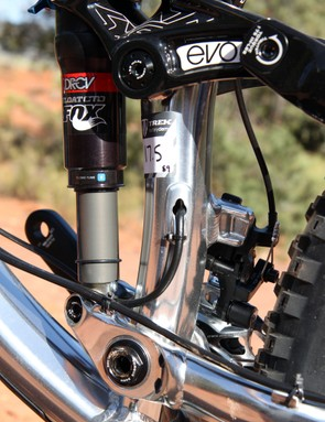 A port is included on the seat tube for use with stealth-style dropper seatposts